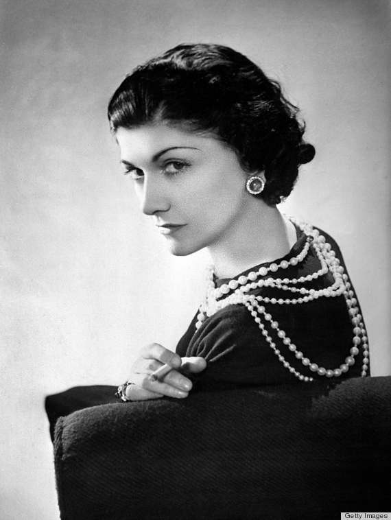 Coco Chanel 1920s Cropped Curls